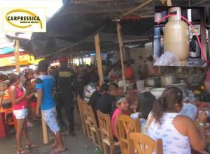 Por una fuga de gas en un negocio de venta de comida causó  pánico en un grupo de comensales y feligreses, en Ica.